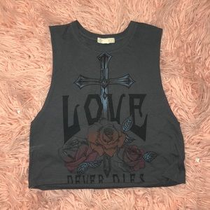 Love Muscle crop tank top